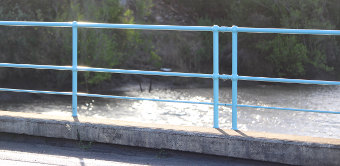 Blue parapets on Lamington Bridge